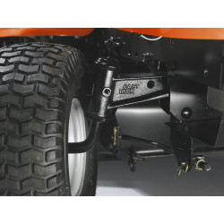 Cast front axle Heavy cast front axle provides superior balance and stability, even with a collector.