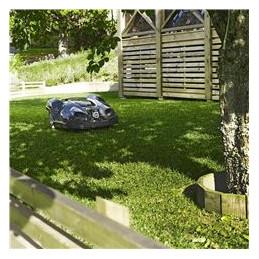 Automātiska ceļa atrašana Husqvarna Automower® automātiski nosaka šauras ejas un atrod ceļu pat caur šaurākajajām ejām. Tas izplānos maršrutu, lai izvairītos no nevēlamām vietām.