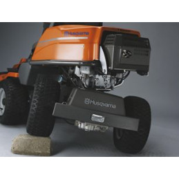 Pivoting rear axle The rear axle is pivoting to get maximum traction on the drive wheels and a smooth ride also on uneven surfaces.