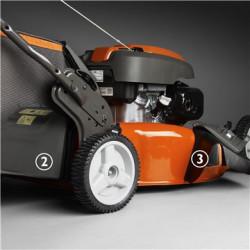 TrioClip Trīs dažādas pļaušanas sistēmas vienā mašīnā. Izvēlieties strap savācēju, BioClip® vai sānu izmešanu.