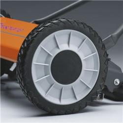 Izturīgi riteņi Izturīgs un viegli vadāms maksimālai lietotāja ērtībai.