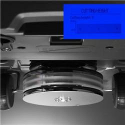 Электрическая регулировка высоты Высота стрижки быстро регулируется электрическим приводом системы регулировки высоты, управление которой осуществляется через главное меню.